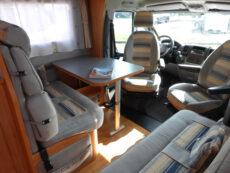 Wohnmobil Innenraum Sitzgruppe
